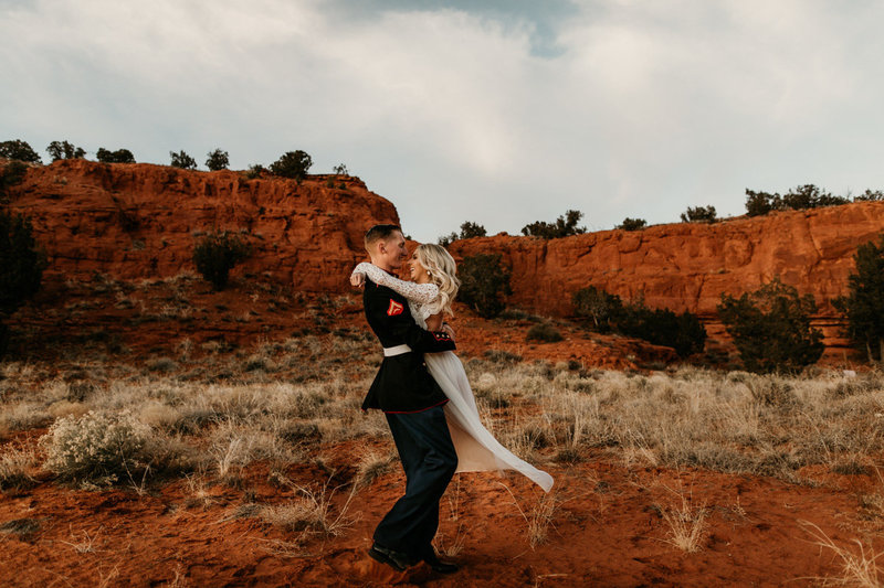 New-Mexico-Red-Rock-Elopement-Photographer-15