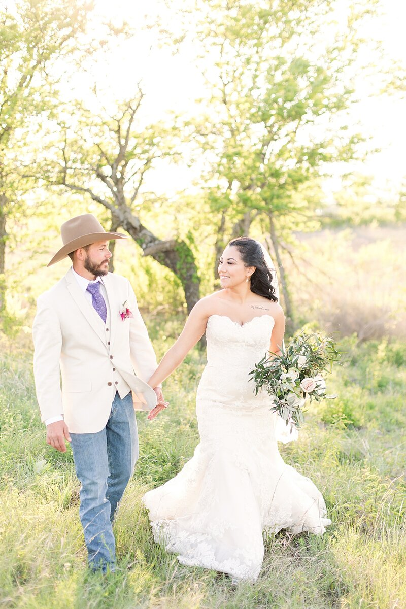 Fort-Worth-Barn-Wedding2