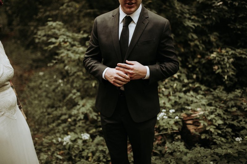 forest-elopement-cincinnati-wedding-photography-35