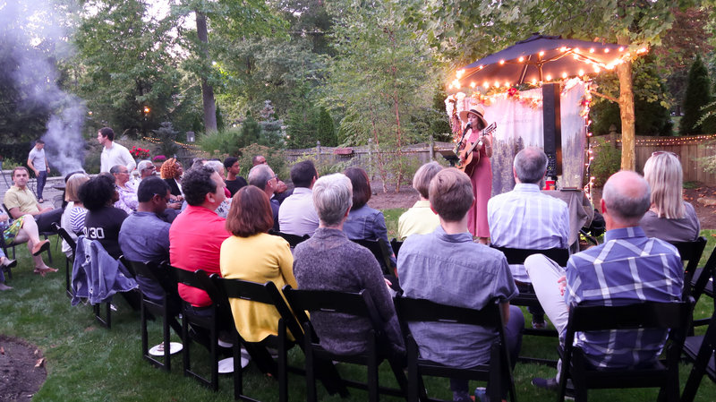 jessica-allossery-house-concert-usa-tour-canada-indie-singer-songwriter-folk-11