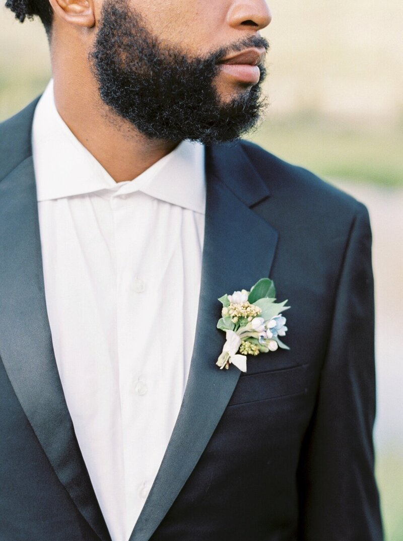 Refined and Organic Wedding in the Heart of Colorado_0008