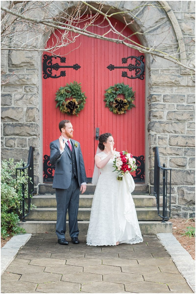 inman-park-methodist-church-upstairs-atlanta-wedding-photographer-christmas-wedding-laura-barnes-photo-018