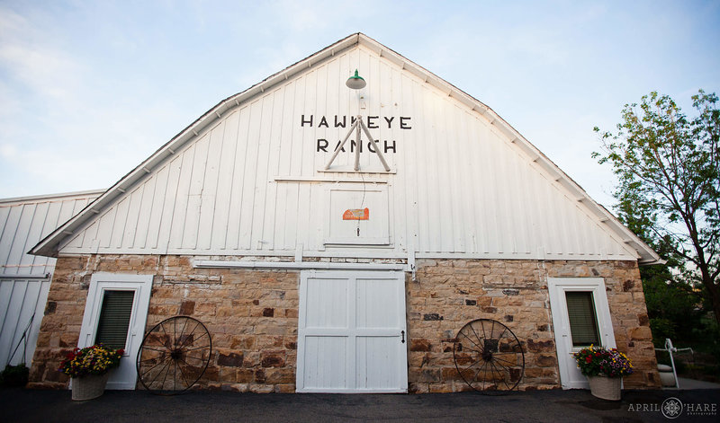 Hawkeye-Ranch-White-Barn-Rustic-Wedding-Venue-at-Wedgewood-Tapestry-House-in-Fort-Collins-Colorado