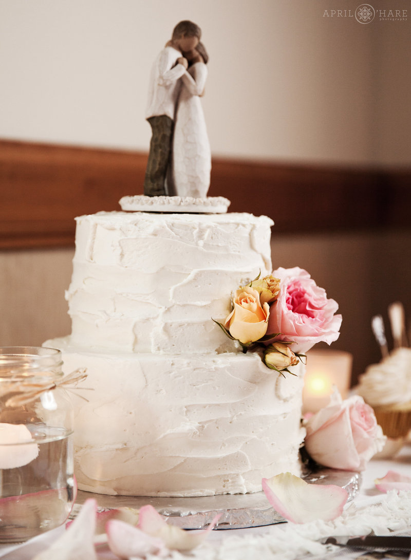 Colorado-Wedding-Vendors-Directory-Blue-Moon-Bakery-Dillon-Colorado-6