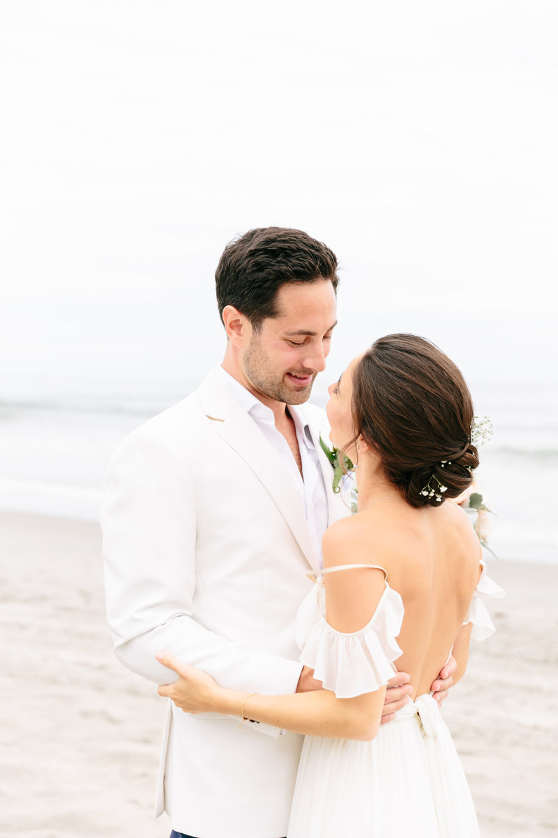 2019-aug23-dunes-club-newport-wedding-photography-rhodeisland-kimlynphotography0539