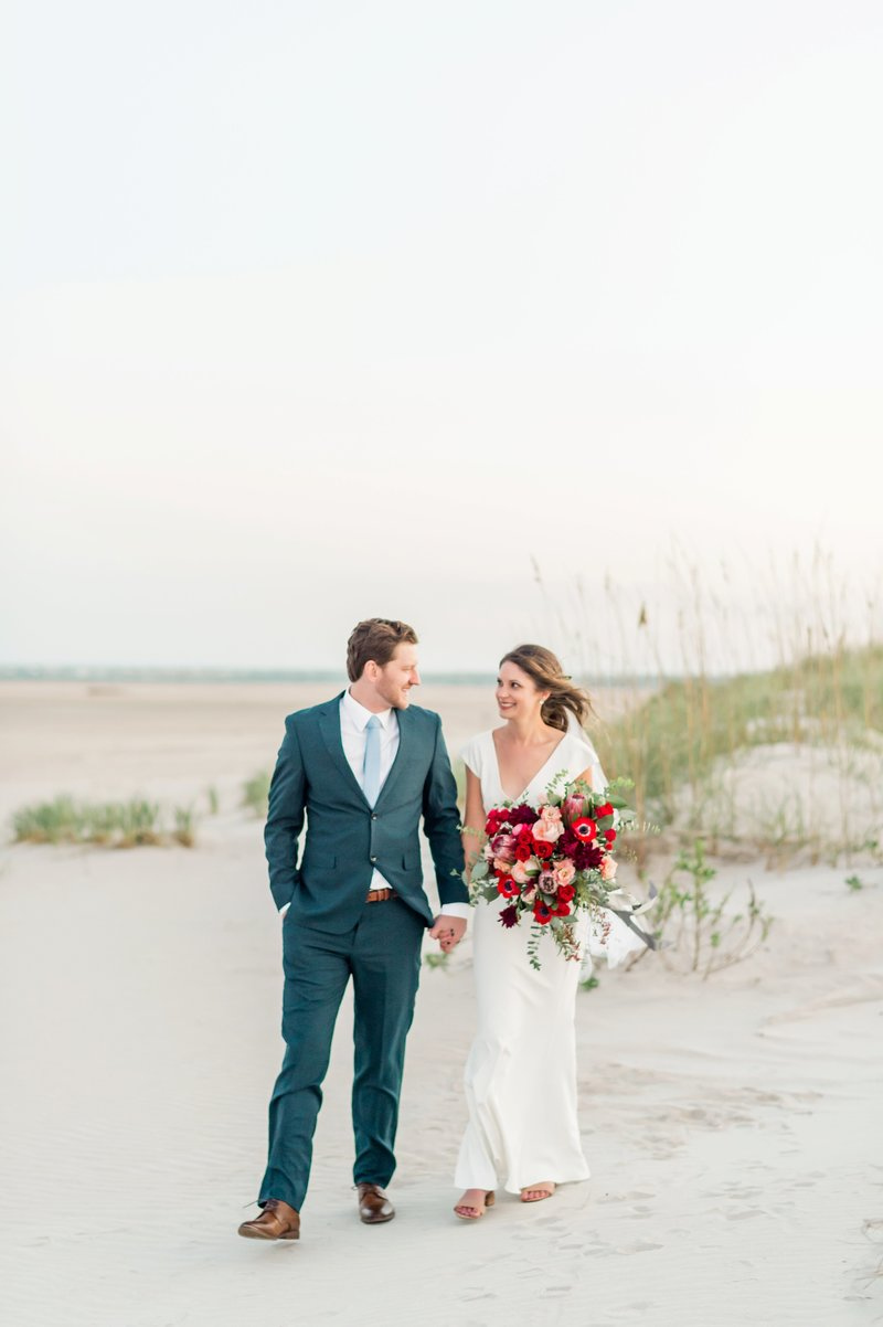 Bald_Head_Island_Destination_Wedding_by_Fine_Art_East_Coast_photographer_Lauren_R_Swann_0218_photo