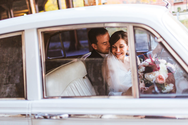 Chicago-Wedding-Photographers-Vintage-Car-Bride-Groom-Portrait
