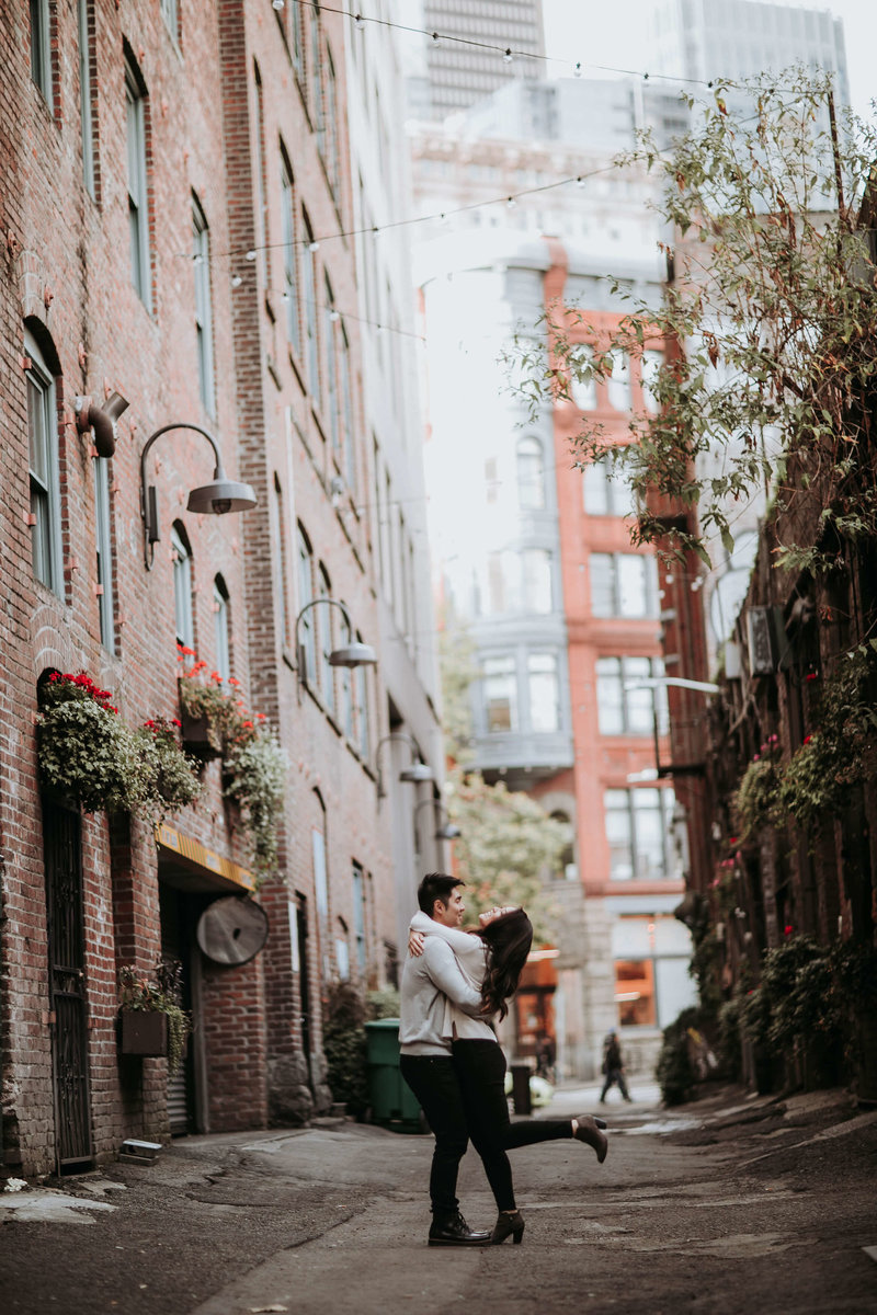 Pioneer_Square_engagement_Photos_Michelle+David_Seattle_by_Adina_Preston_Weddings_96