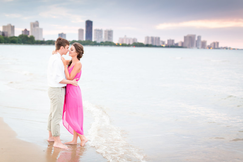 montrose-beach-engagement-photography-picture-photos-chicago-wedding-photo