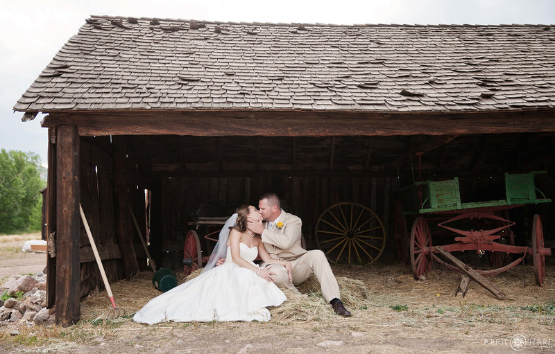 Rustic Farm Wedding Photography in Denver at Chatfield Farms