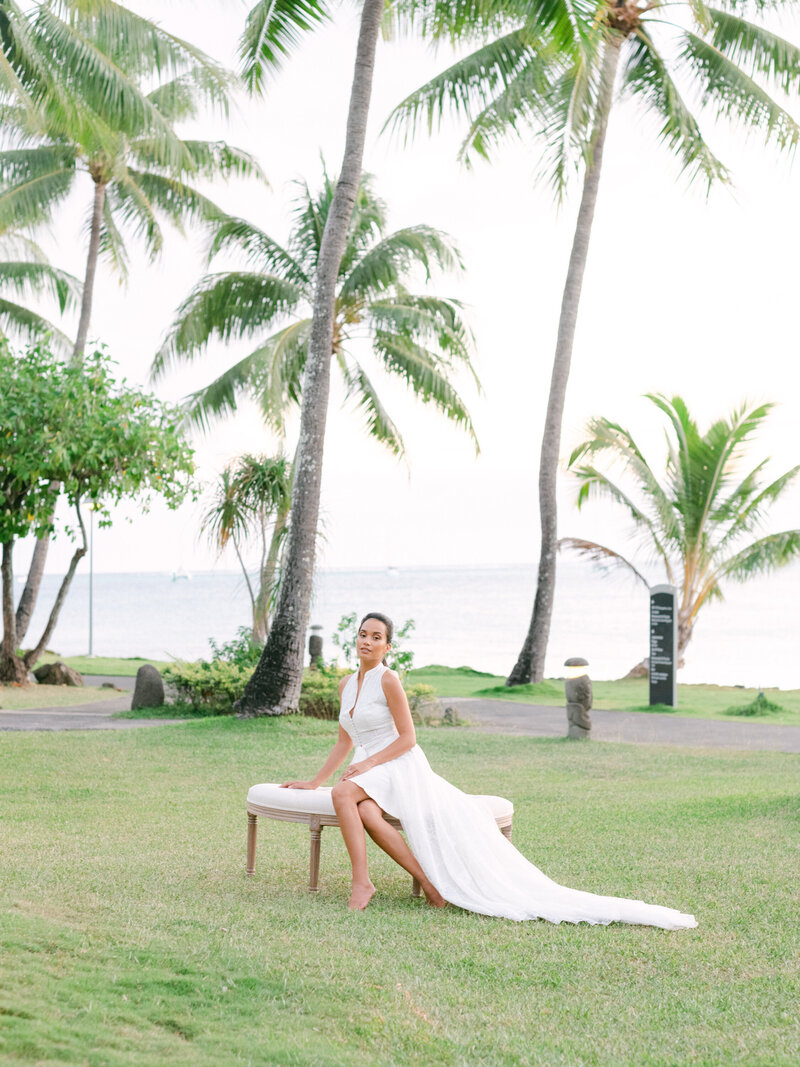 Styled shooting in Tahiti Bridal dress with design under the palm tropical wedding