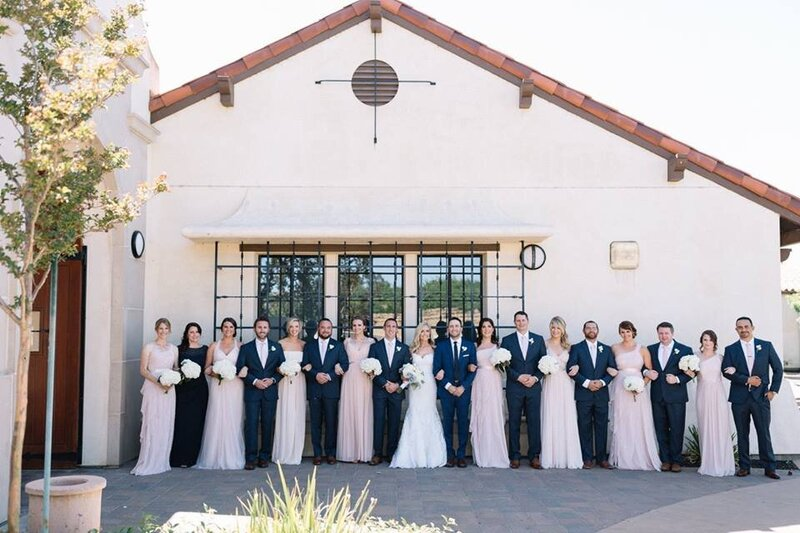 navy-blush-wedding-party