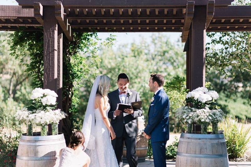 hydrangeas-white-pergola-wedding-ceremony