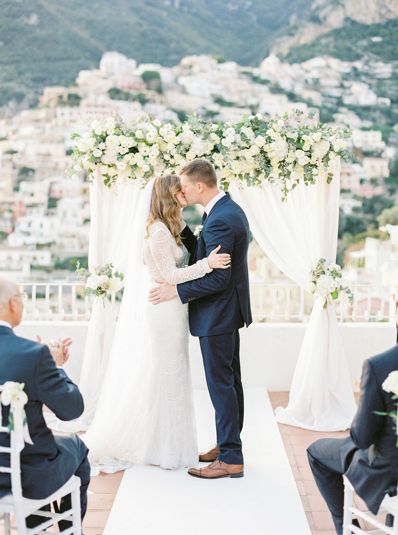 Wedding-ceremony-at-Marincanto-Positano-Italy