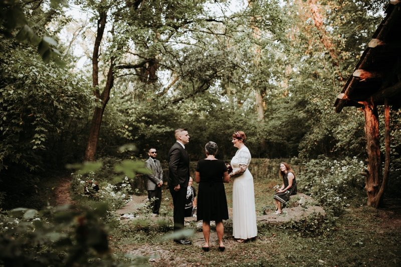 forest-elopement-cincinnati-wedding-photography-14
