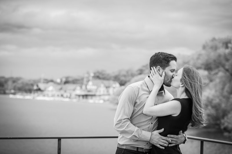 philadelphia-engagement-photographer-waterworks-003