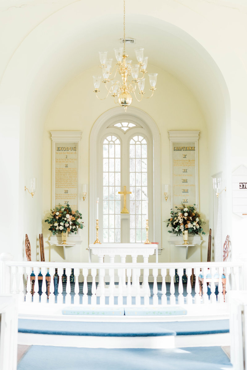 Juliette + Kevin-Upper-Shirley-Vinyards-Charles-City-Virginia-Wedding_Gabby Chapin Photography_00294