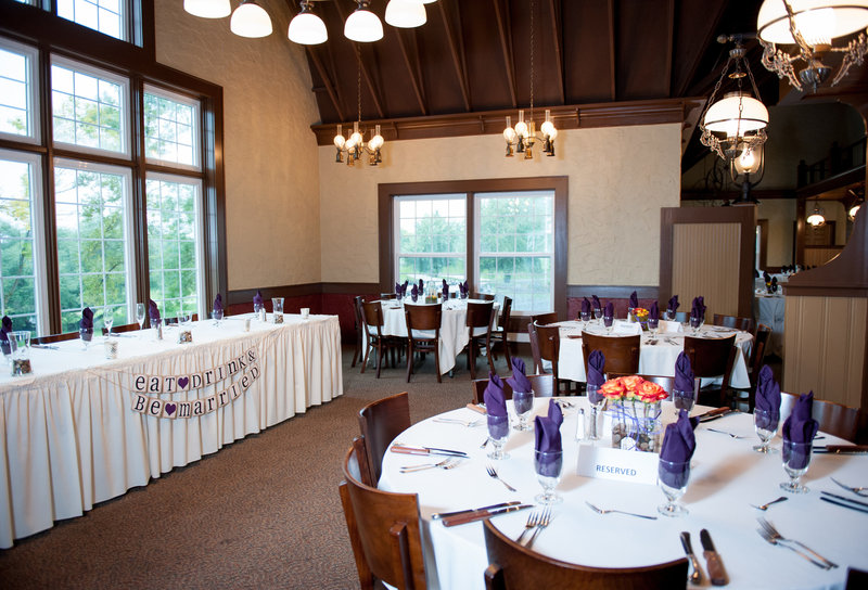 Oxbow Country Club Fargo Wedding Venue photographer Kris Kandel (5)