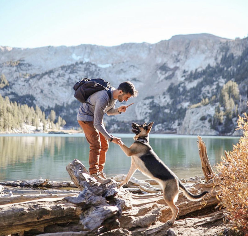 photo of stephen and his dog, sequoia while hiking in mammoth lakes, california