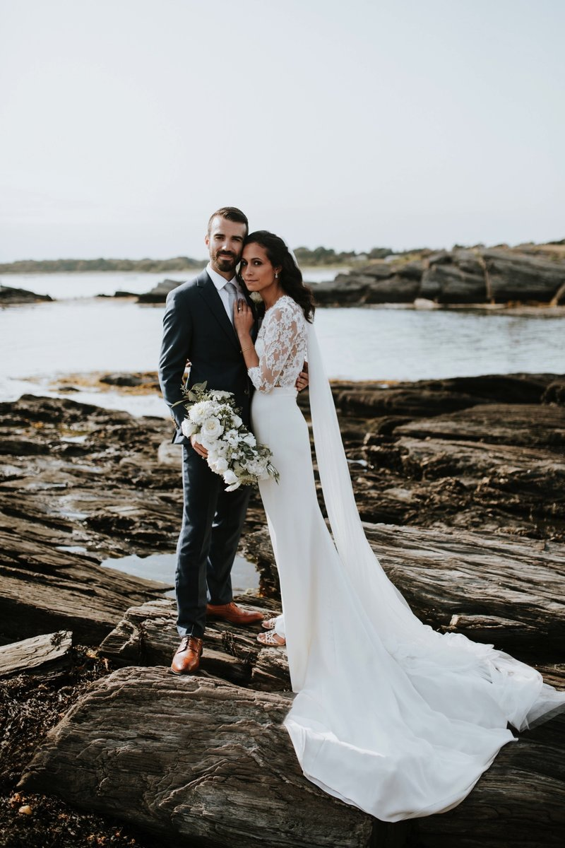 cape-elizabeth-portland-maine-backyard-lighthouse-wedding-65