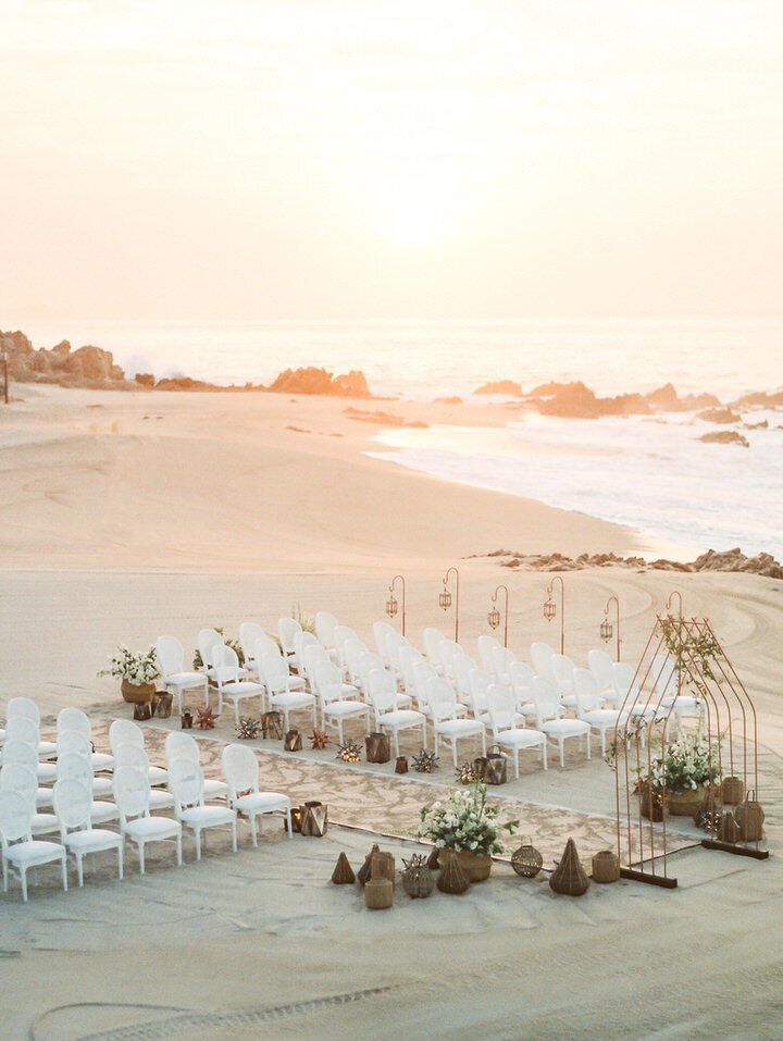 wedding ceremony on the beach in cabo