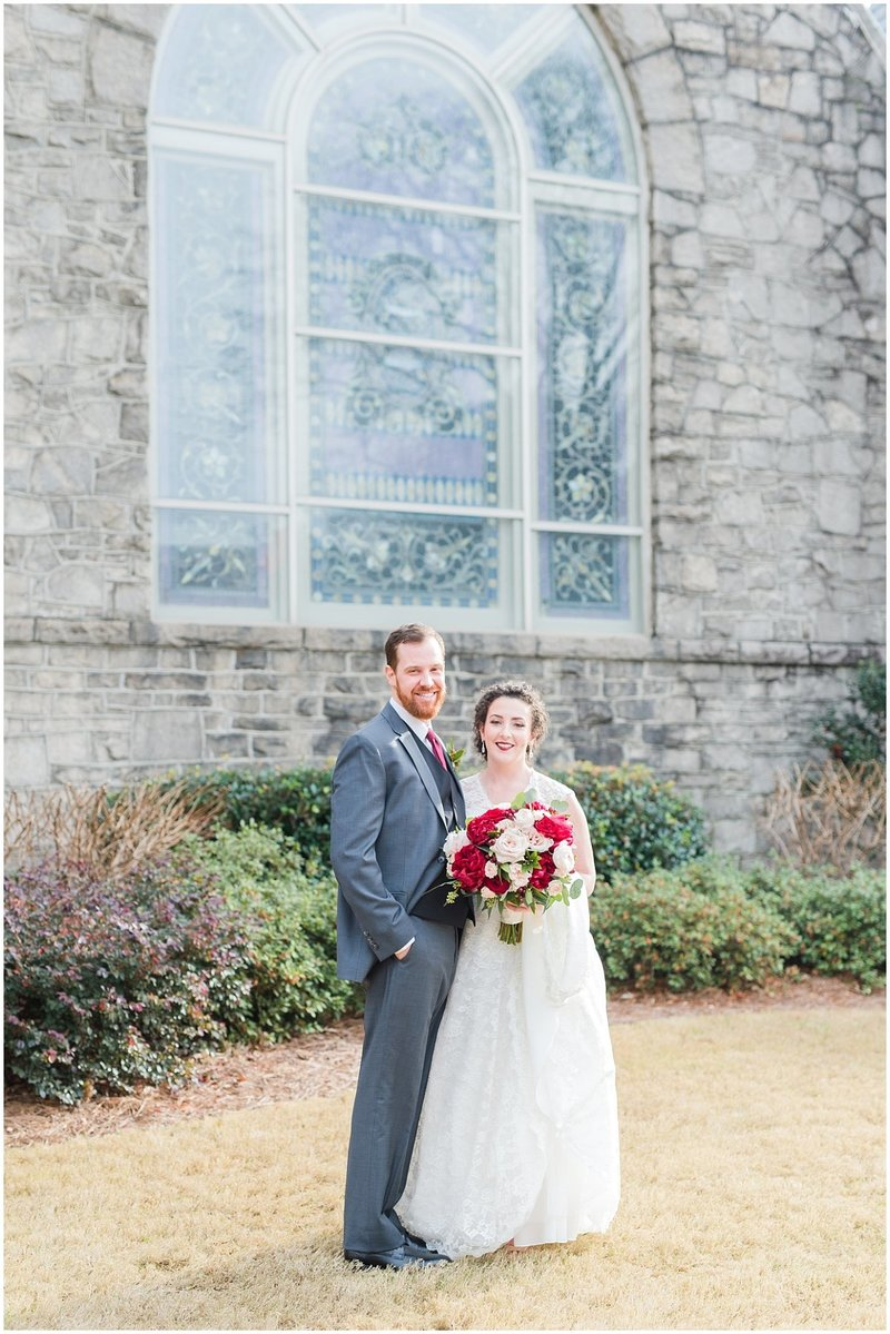 inman-park-methodist-church-upstairs-atlanta-wedding-photographer-christmas-wedding-laura-barnes-photo-019