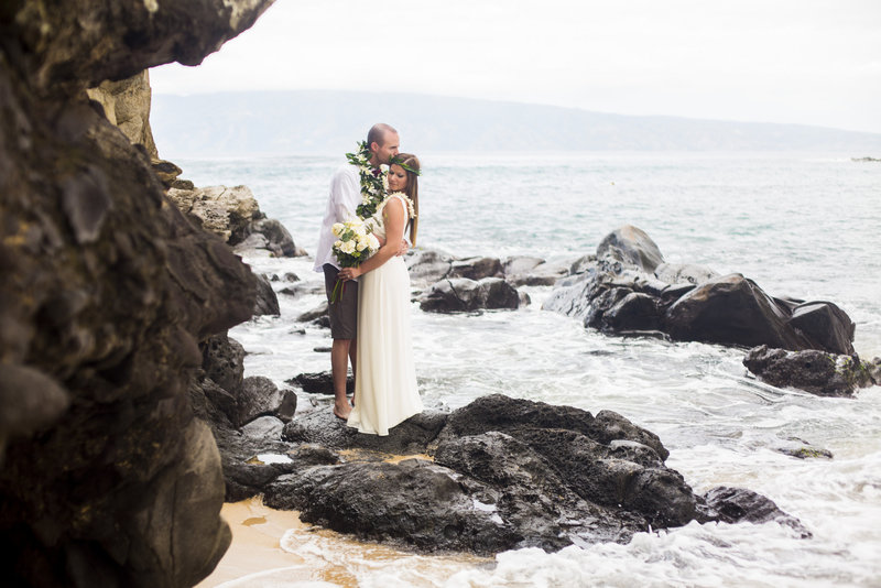 Olivia Taylor-Hawaii Elopement-0008