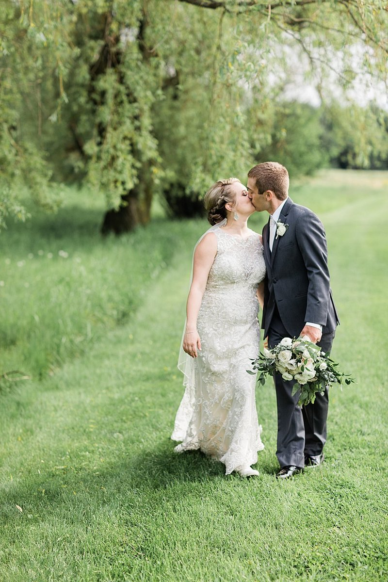 40-Wisconin-Backyard-Estate-Wedding-James-Stokes-Photography