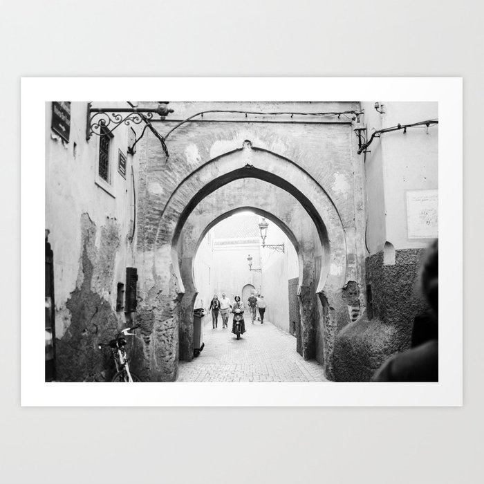 black-and-white-street-photography-medina-of-marrakech-travel-photo-print-prints-2