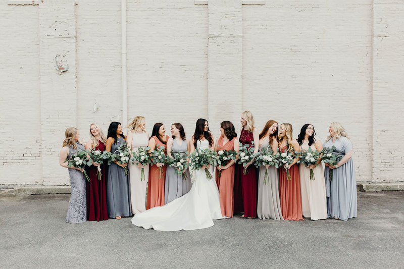 Leah Rife Photo, bride and bridesmaids photos, Indianapolis wedding photographer