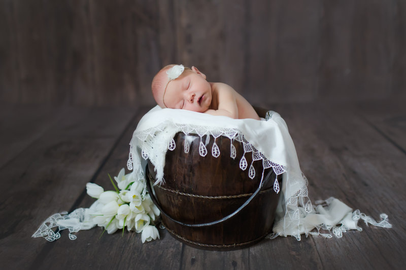 newborn_baby_girl_spring_flowers-1