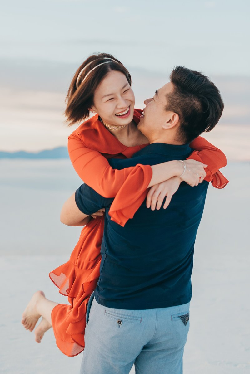 White-Sands-Engagement-Photography