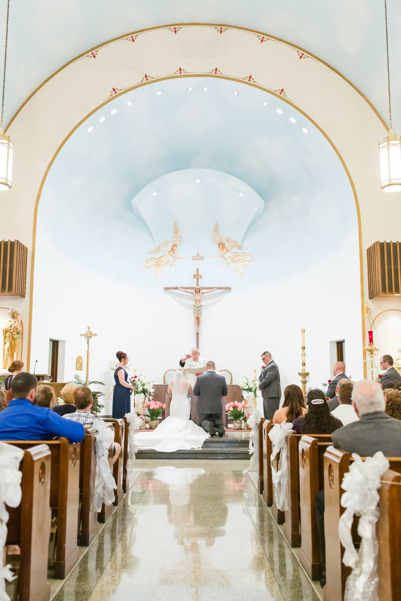 Classic-spring-St- Francis-church-tornto-ohio-wedding-13