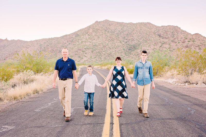 Family-Photos-Whitetank-Mountain-Waddell-Arizona-Ashley-Flug-Photography29-e1