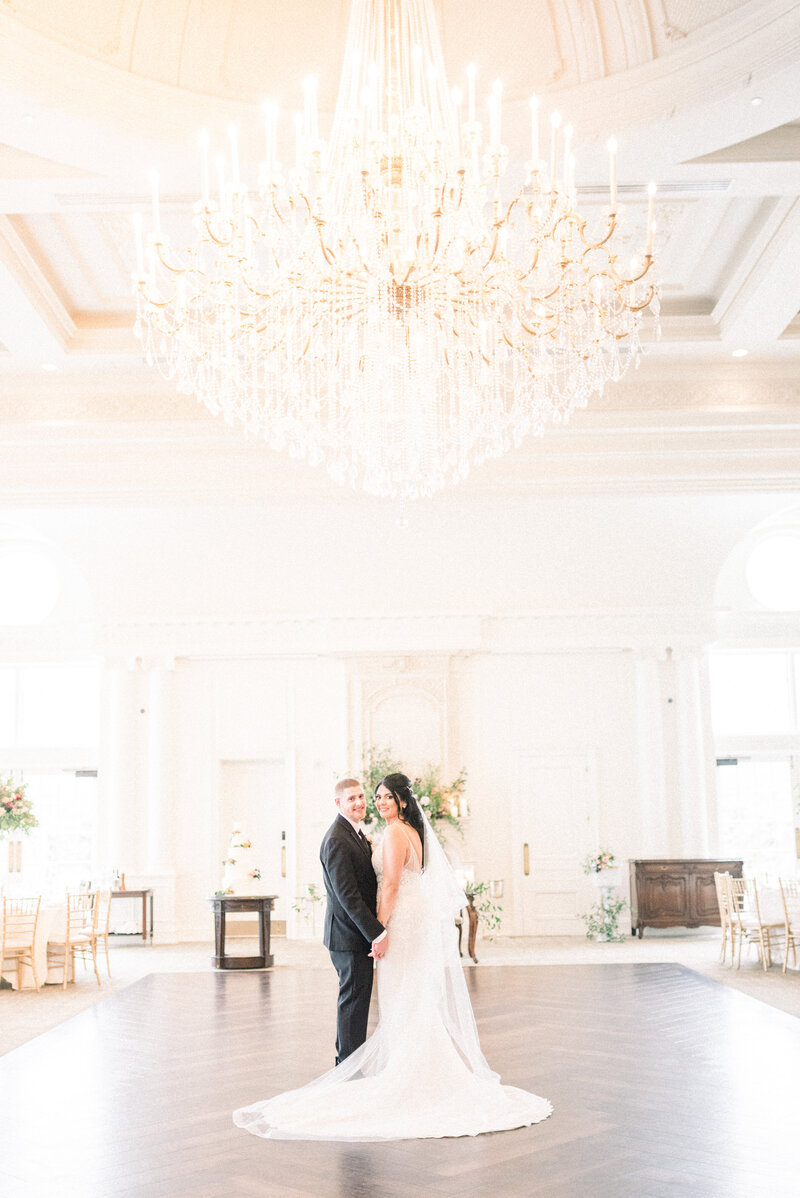 Park Chateau Wedding -  NJ Wedding Photographer - Myra Roman Photography