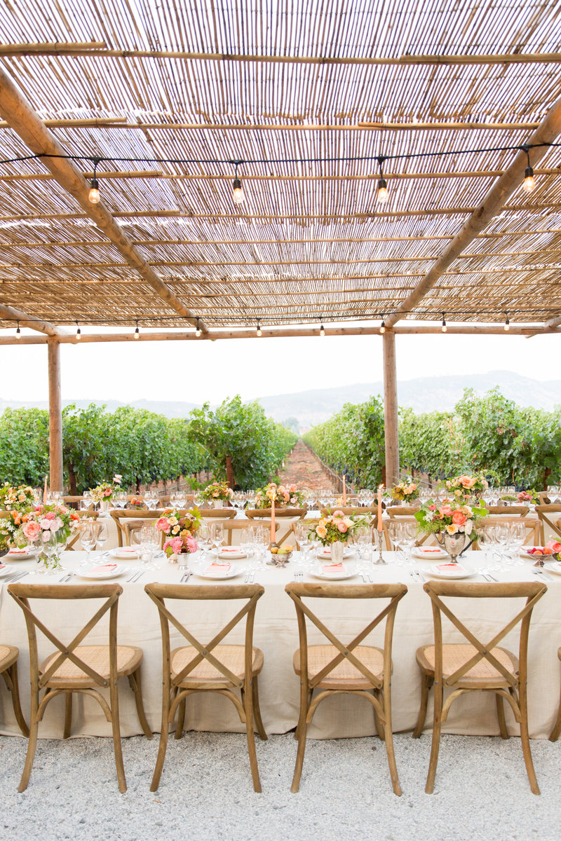 Dinner party at Round Pond Estate by Jenny Schneider Events in Napa, california.