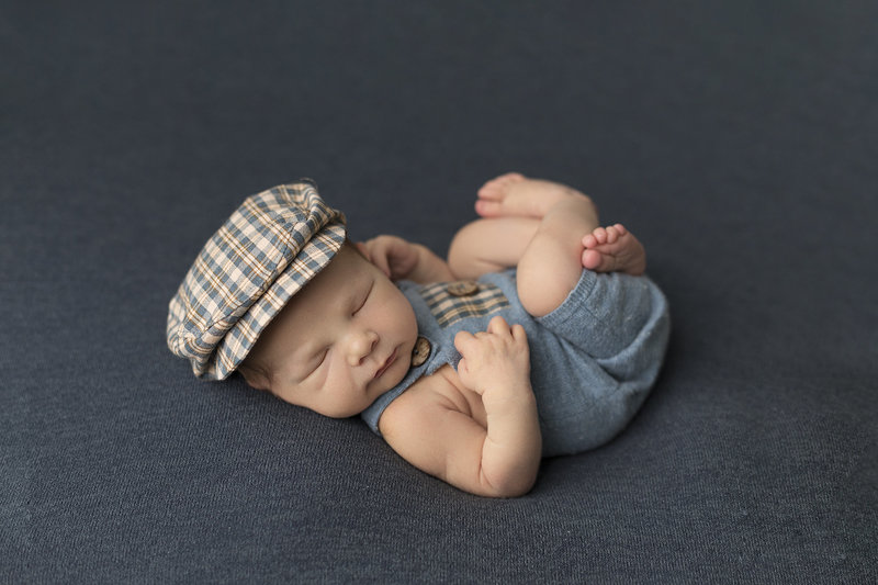 columbus ohio newborn photographer baby boy in blue cute golf hat
