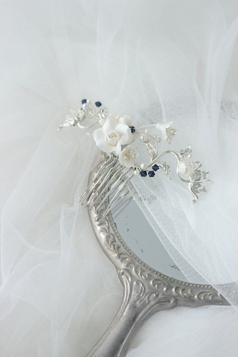 hair comb for brides with flowers customisable or bespoke in Austrlalia
