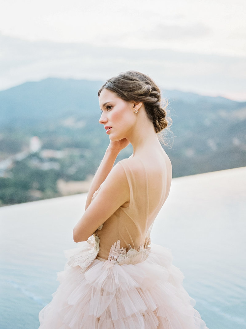 Babsie-Ly-Photography-Fine-Art-Film-Wedding-Photographer-Malibu-Rocky-Oaks-Vineyard-Estate-California-bride-editorial-2018-008