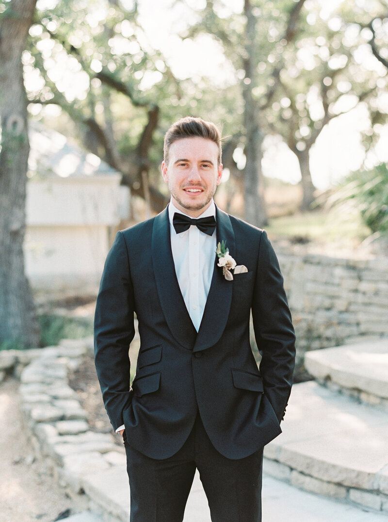 Brianna Chacon + Michael Small Wedding_The Ivory Oak_Madeline Trent Photography_0029