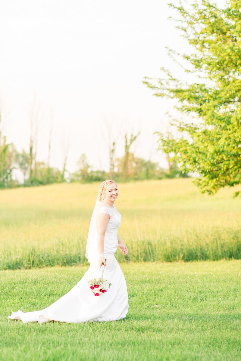 Classic-spring-St- Francis-church-tornto-ohio-wedding-26