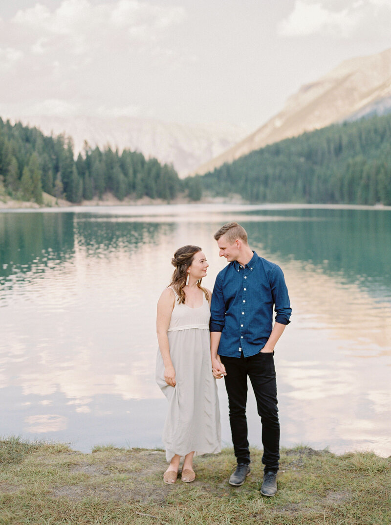 Lake-Louise-Wedding-Photographer-10