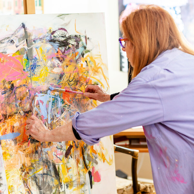 sandy-welch-abstract-painter-2