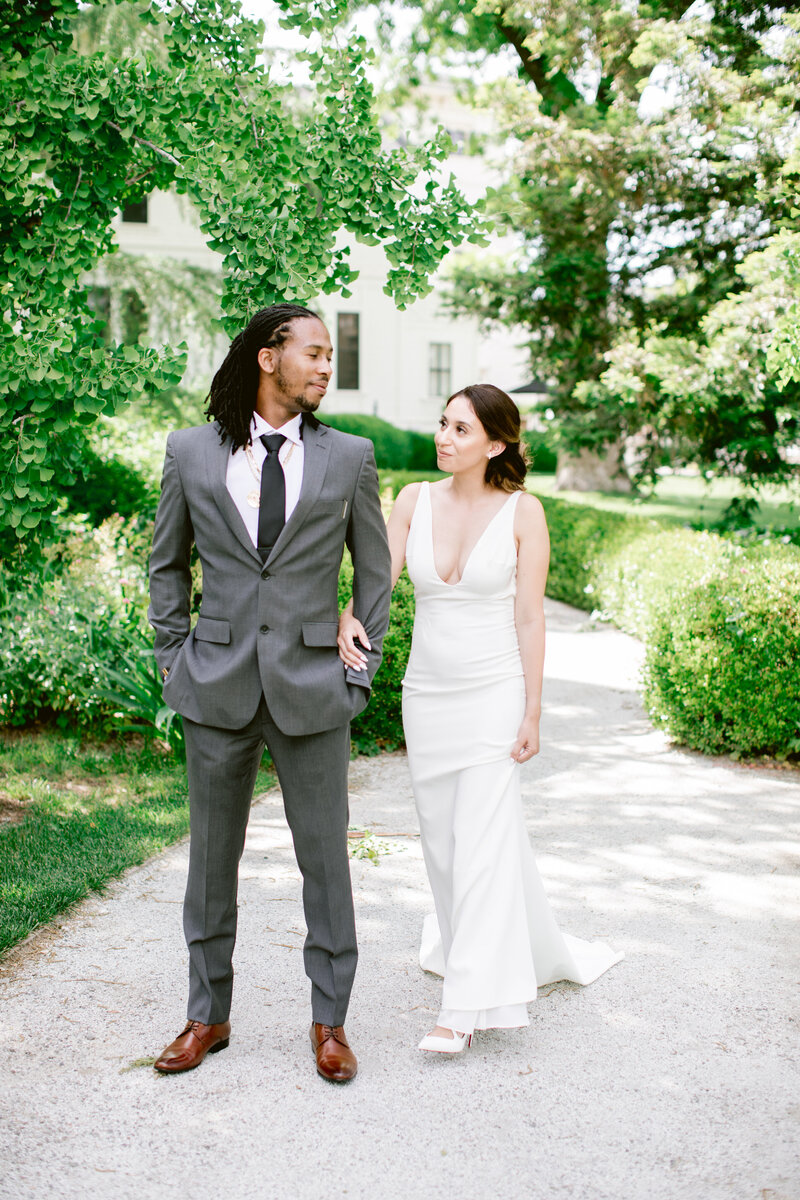 wendy-kevon-park-winters-wedding-contigo-ranch-frederickburg-46