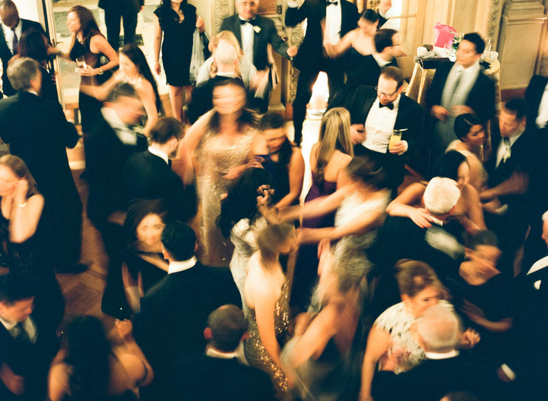 40-KTMerry-wedding-photography-dance-party