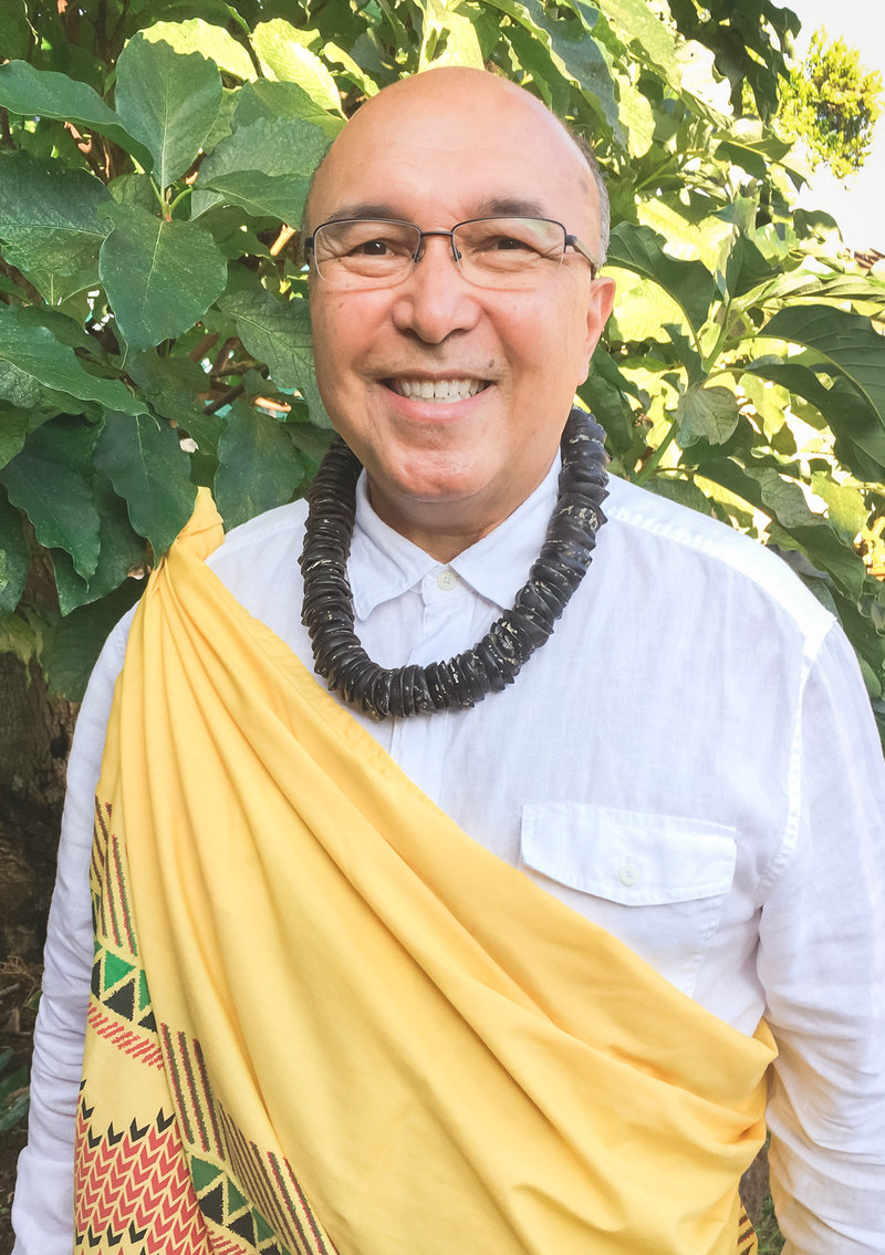 Oahu Wedding Officiant Dennis Chong Imamura