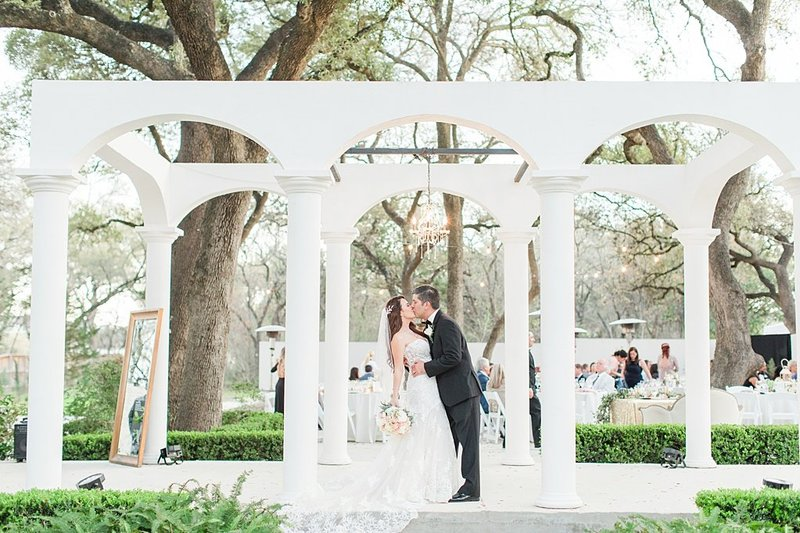 la cantera and the gardens at west green in San Antonio Texas Wedding Venue photos by Allison Jeffers Photography_0064