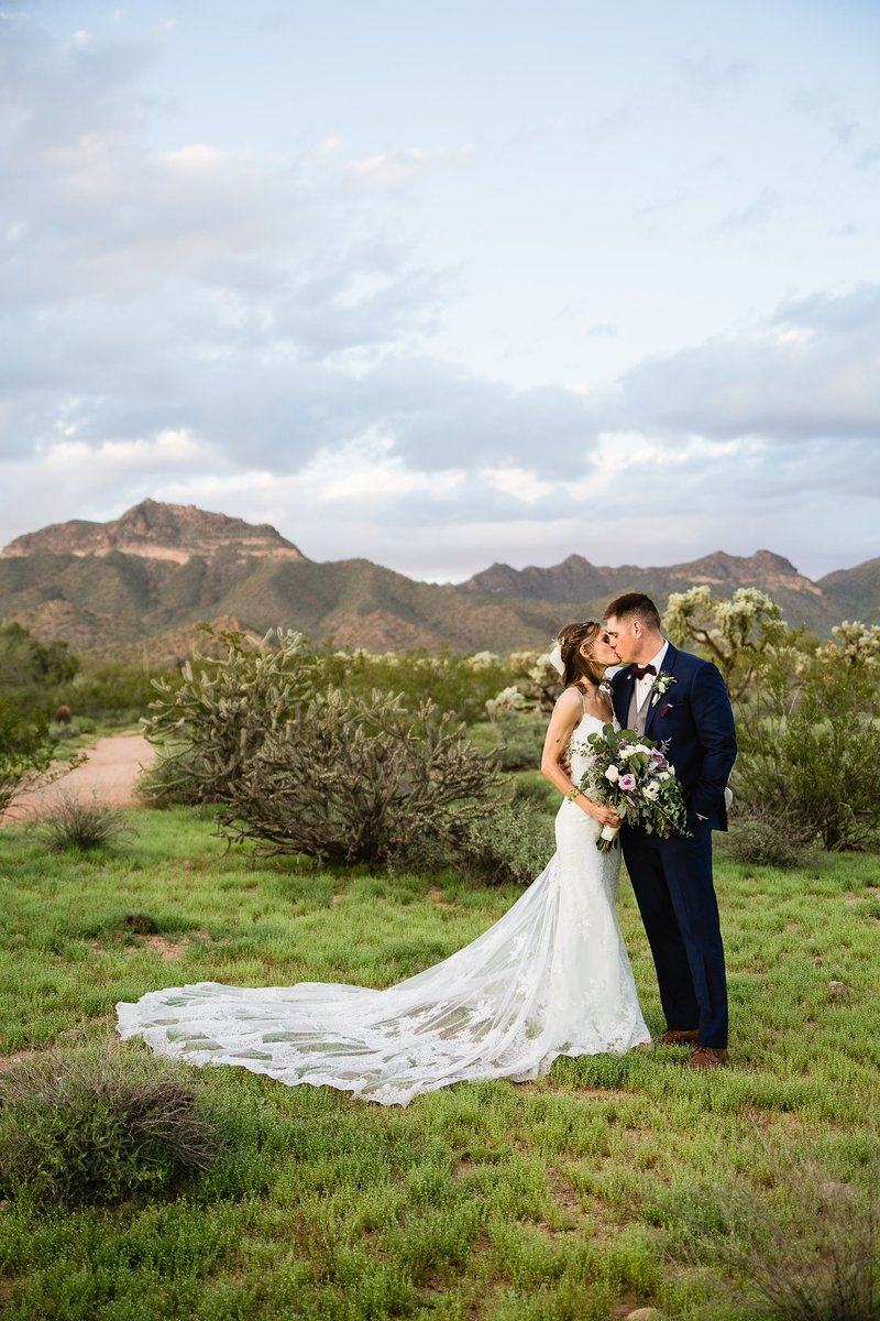 Phoenix Arizona Wedding Photographer Superstition Manor