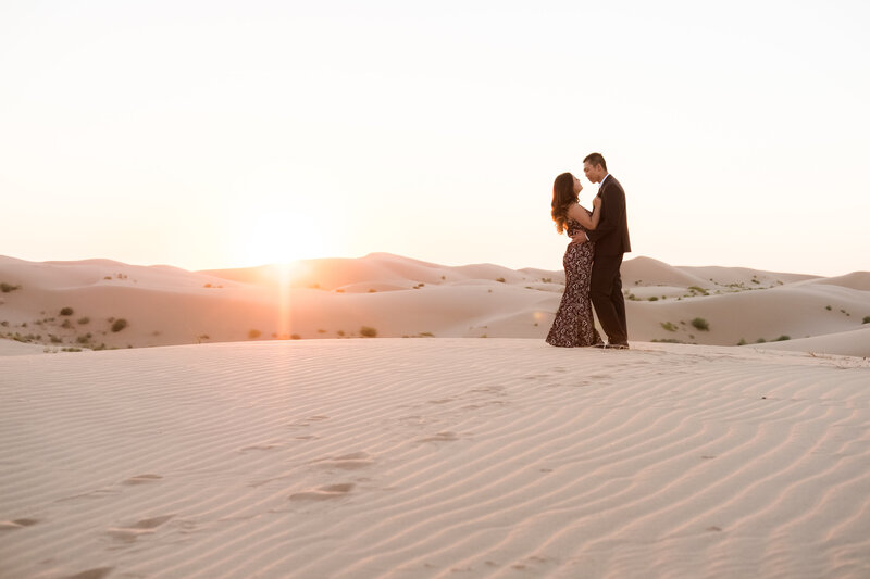 imperial-sand-dunes-engagement-photography-17