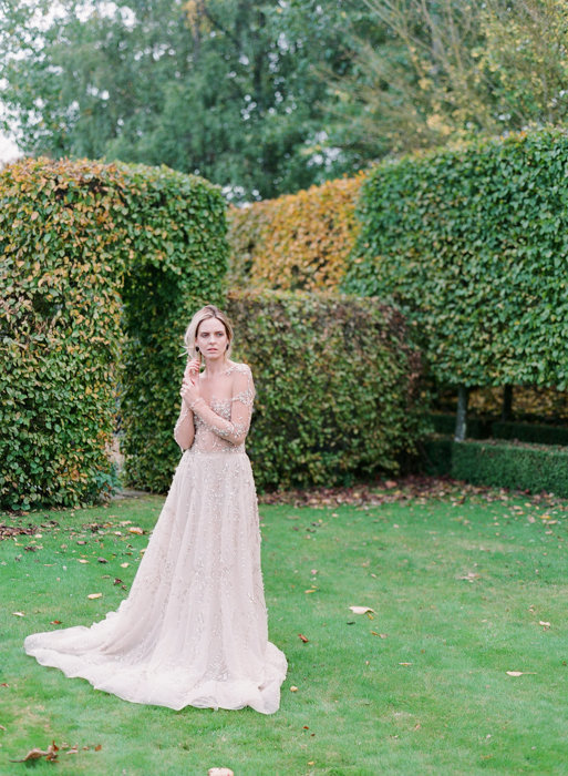 Molly-Carr-Photography-Paris-Film-Photographer-France-Wedding-Photographer-Europe-Destination-Wedding-Cotswolds-England-30